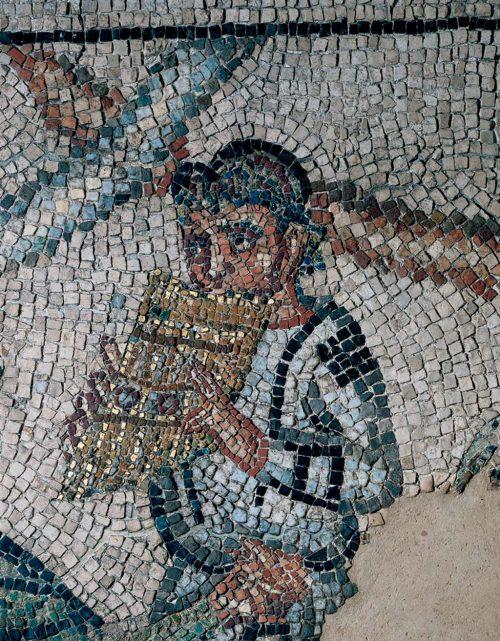 Il suonatore di siringa, forse la personificazione del Tempo (fonte: domusdeitappetidipietra.it )